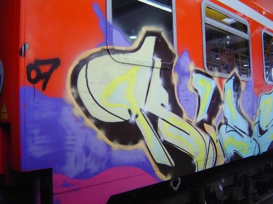 Enlèvement de graffitis Bonderite C-MC400 av
